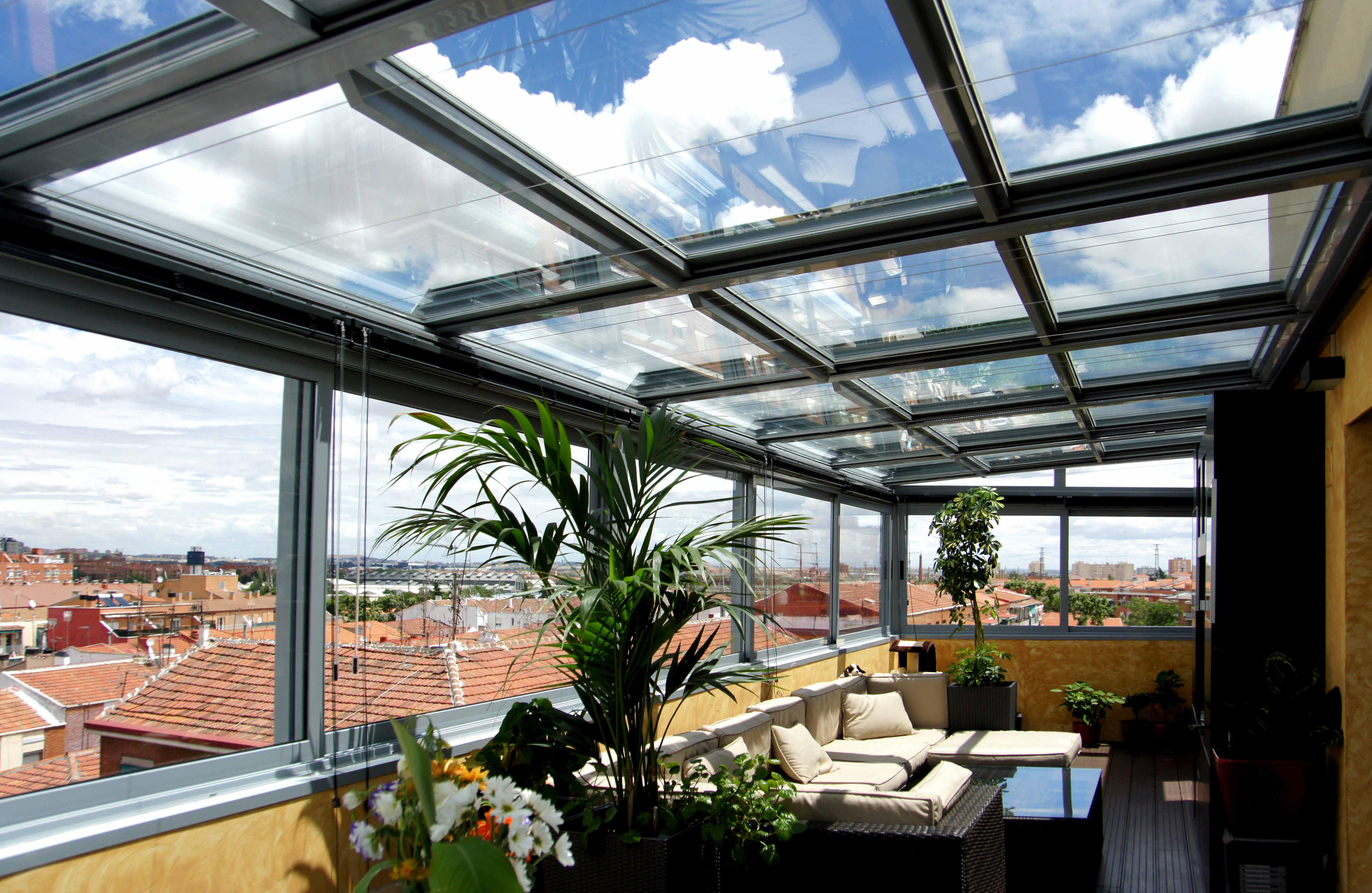 Fraimar aluminios s l techos cortinas de cristal y for Precio armario aluminio terraza